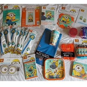 Despicable Me Minions Party Kit Service for 8 NEW